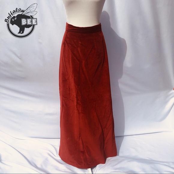 Dresses & Skirts - Vintage thick velvety rust maxi skirt